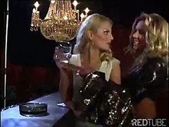 The lesbian luxury bar always provides some hot pussy licking