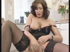 Slutty British Housewife