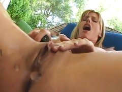 Alluring Darryl Hanah squirts pussy juice