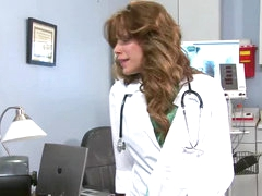 Aleksa Nicole Is Winning The Reward For Best Doctor Of The Year