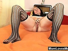 Ugly grandma shows off large boobs and pussy
